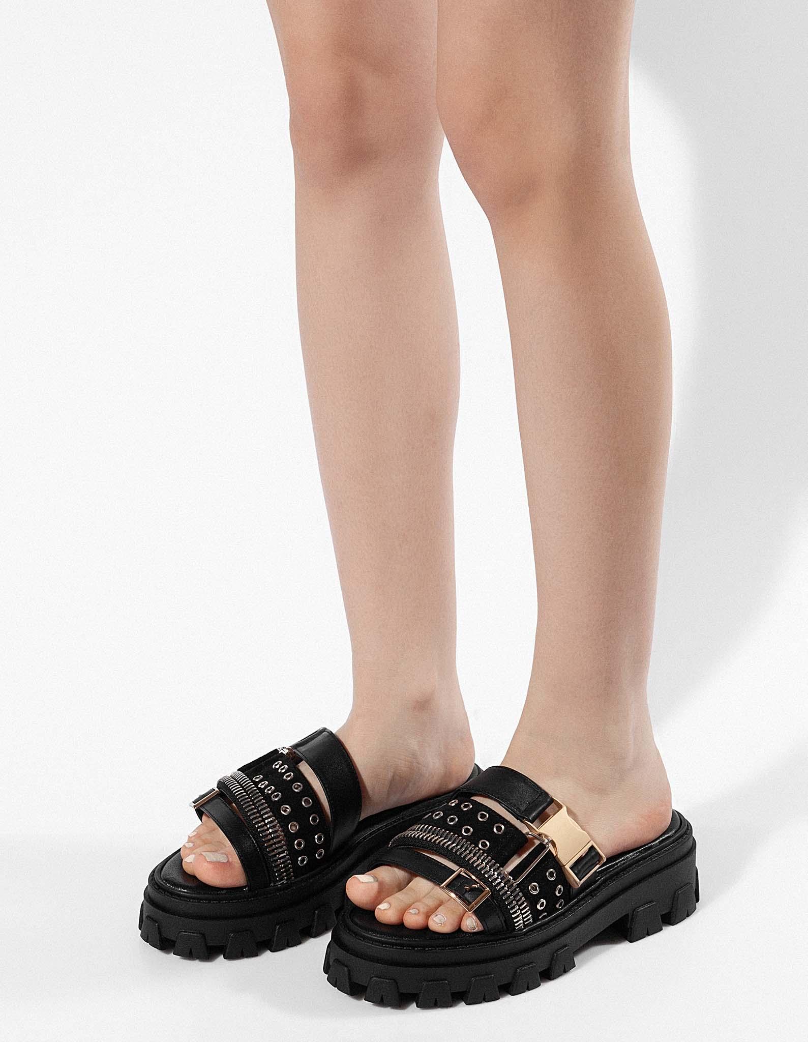 Papuci din piele statement KONTRA