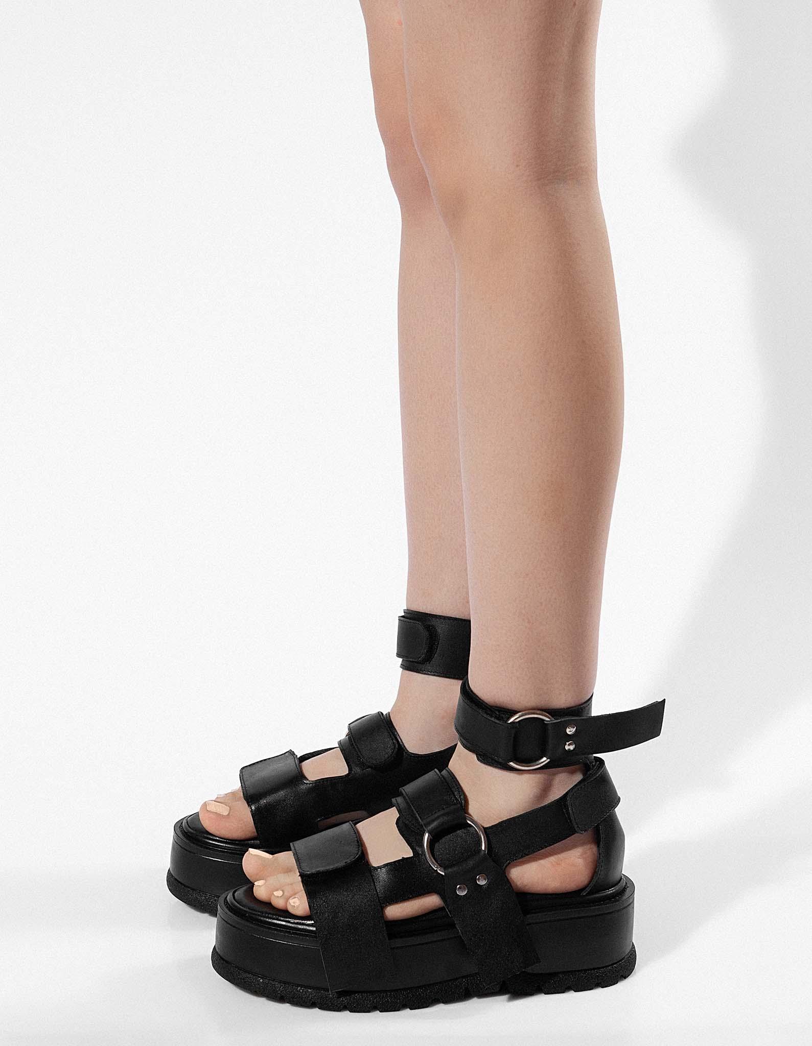 Sandale din piele neagra NOMAD