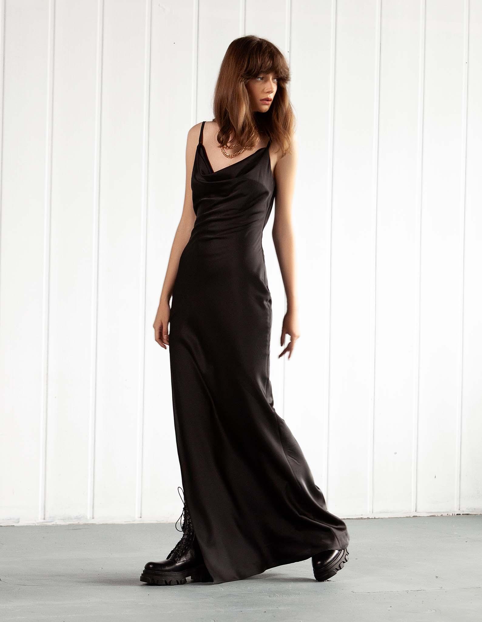 Rochie lunga neagra SAVAGE
