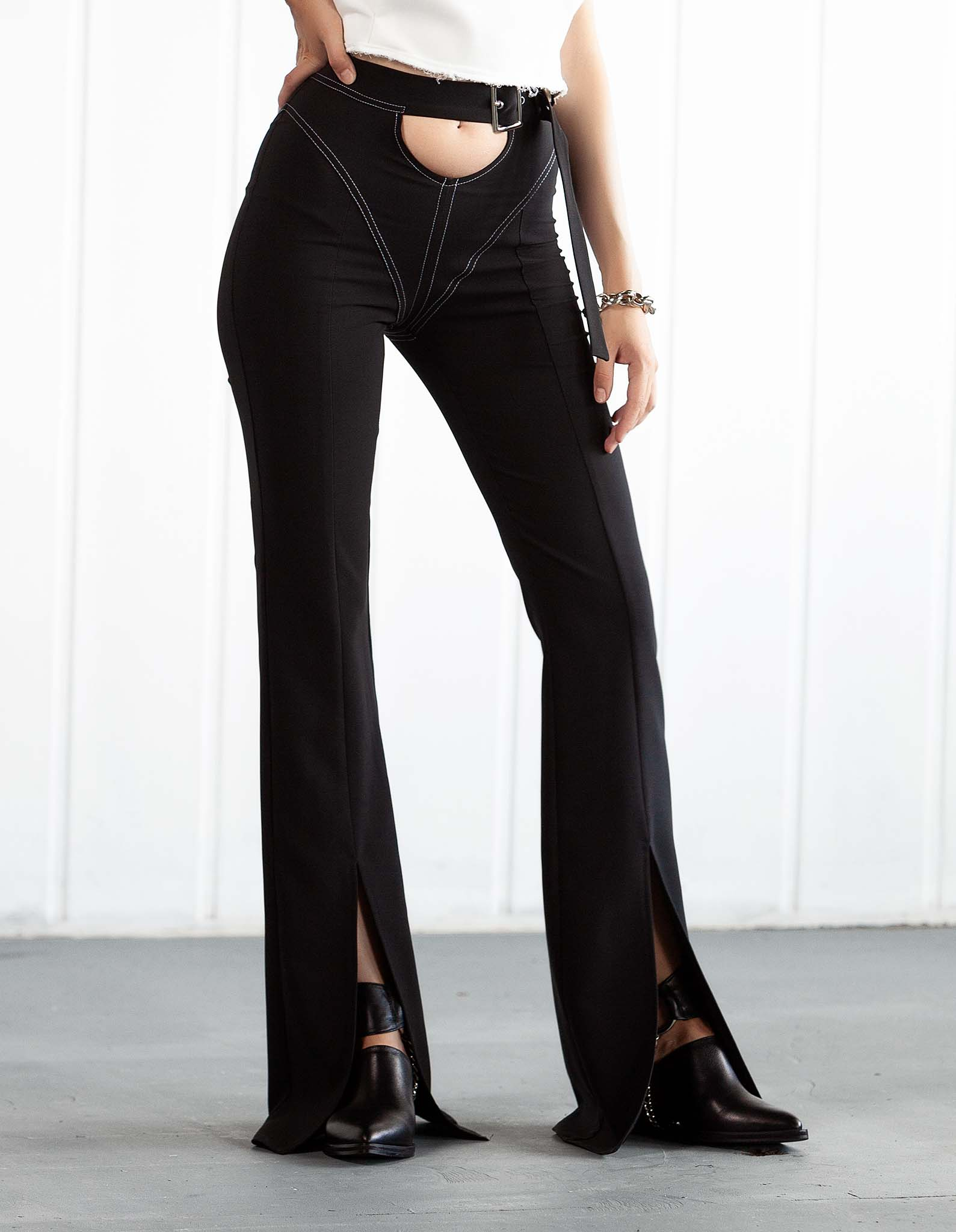 Pantalon negru cu detaliu alb L.A. BABE